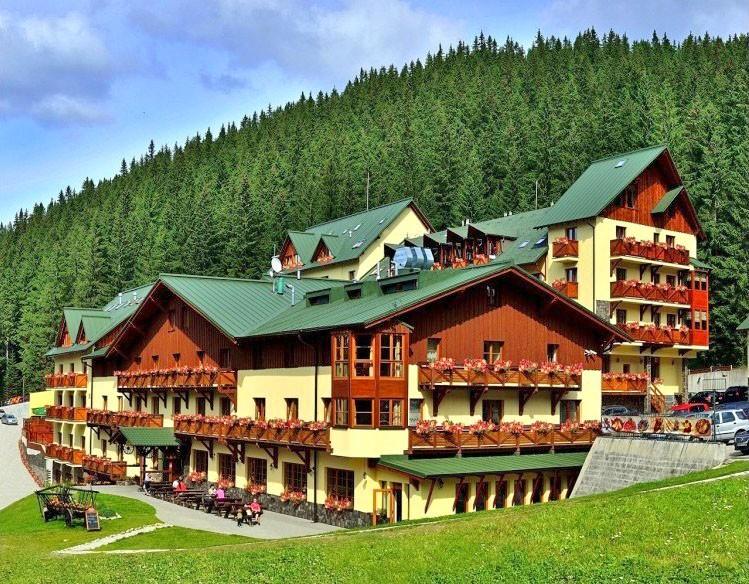 20190517113455_ski_wellness_residence_druzba_1417530569_demanovska_dolina.jpg